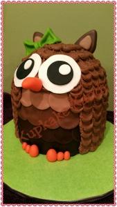 Owl Character Cake