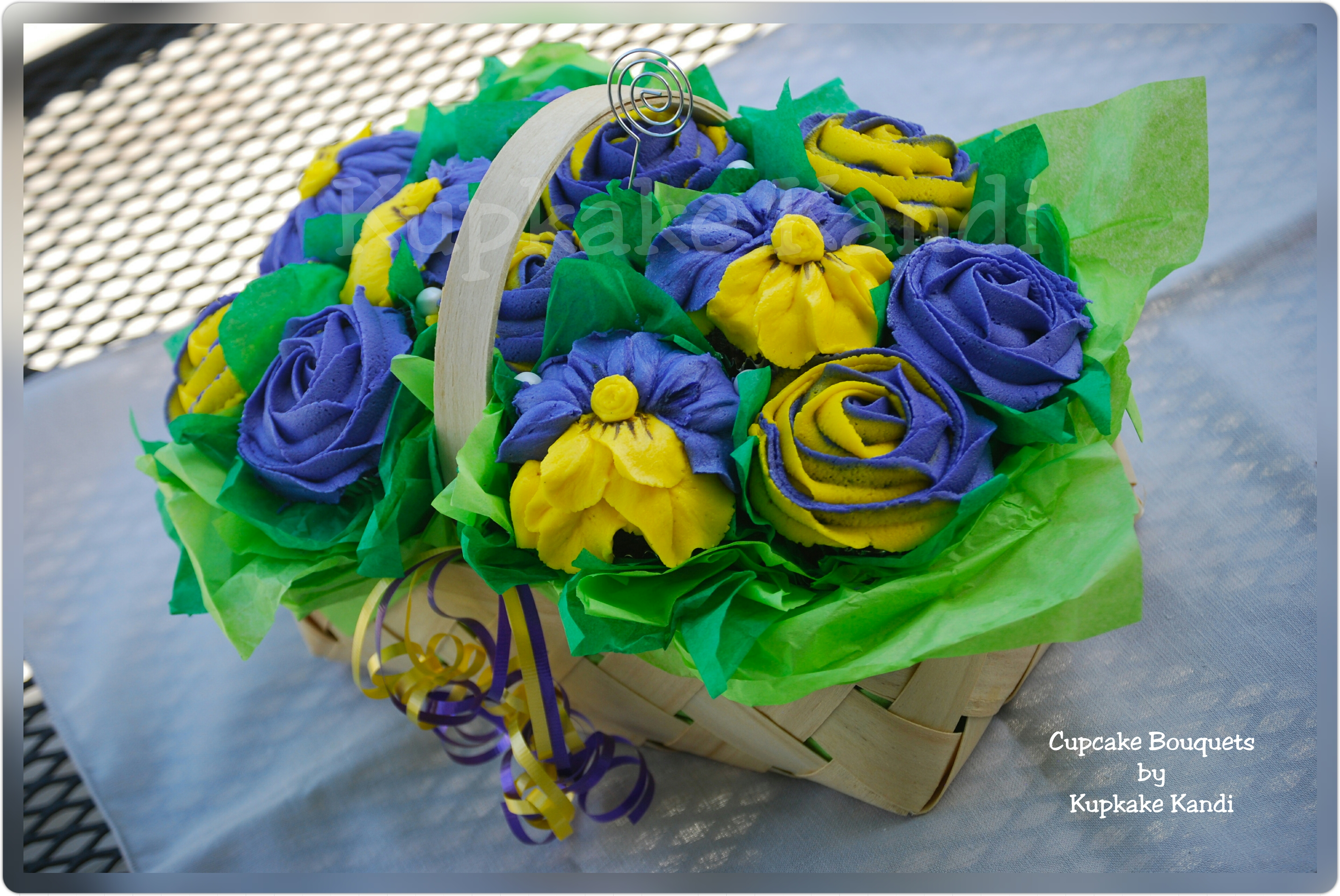 Cupcake bouquets kupkake kandi small garden basket with roses and pansies izmirmasajfo