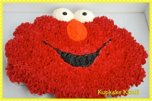 Elmo Birthday Pull-Apart